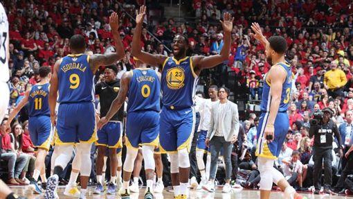NBA/「一波流」屠龍!勇士扳平NBA,季後賽,金州勇士,Stephen Curry,Klay Thompson,多倫多暴龍翻攝自NBA官方推特