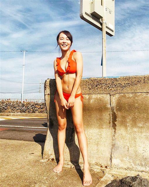 玩很大,Albee,舒子晨,巫苡萱,梁凱莉,比基尼/翻攝自巫苡萱IG ID-1955951