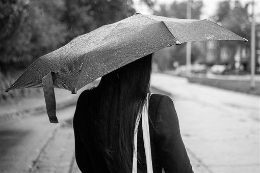阿嬤,臨終,往生,靈異公社(圖/取自Pixabay)