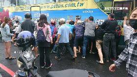 抬公車救人060..0(DL)