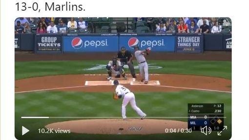 ▲卡斯楚(Starlin Castro)的陽春砲開啟馬林魚這場打擊大戰。(圖/翻攝自馬林魚推特)