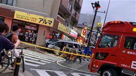 八旬翁駕車失控 逆向撞路人釀2死7傷(圖/翻攝自推特)