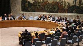 聯合國安理會擬以聲明稿呼籲蘇丹軍政府止暴力行為,但提案遭中國堅決反對。圖為安理會4日會議狀況。(圖/翻攝自Twitter)