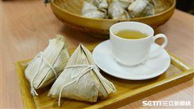營養師張郢芳提醒,民眾最好將粽子當做正餐食用,而非點心。(圖/台北慈濟醫院提供)