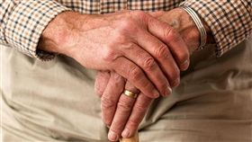老人家、爺爺示意圖/翻攝自pixabay