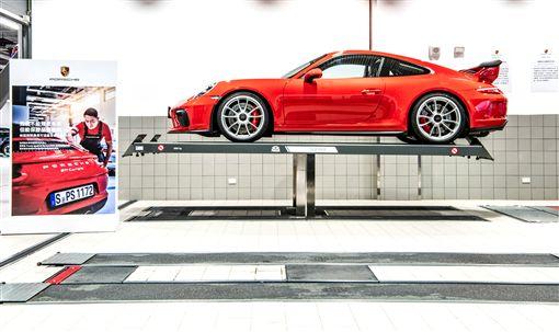 ▲Porsche Approved Warranty保時捷認證保固服務。(圖/Porsche提供)