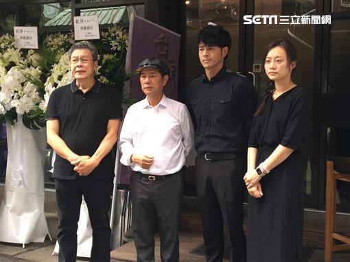 楊烈(左)痛心表示「我真的沒有想到,他沒有正式在做醫療。」(圖/記者蕭翰弦攝影)