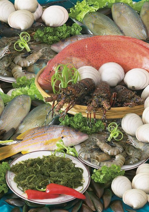 4 Seafoods at Mactan Island.jpg