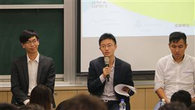 侯漢廷、青年外交官劉仕傑、法律白話文運動蔡孟翰律師 台灣數位外交協會提供
