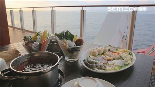 郵輪,世界夢號,首航,高雄/記者呂品逸攝