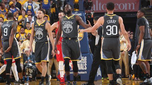 NBA,勇士,Klay Thompson,Stephen Curry。(圖/翻攝自NBA官方推特)