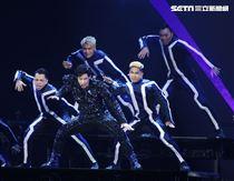 王力宏「龍的傳人2060」台北巡迴演唱會台北站,引爆台北小巨蛋。(記者邱榮吉/攝影)