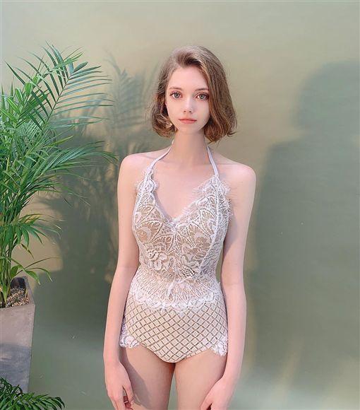 Chloe IG