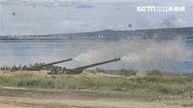 漢光卅五號演習於屏東滿豐射擊場實施,圖為M109A2自走砲。〔記者林士傑/屏東拍攝〕