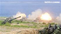 漢光卅五號演習於屏東滿豐射擊場實施,圖為CM11勇虎戰車。〔記者林士傑/屏東拍攝〕