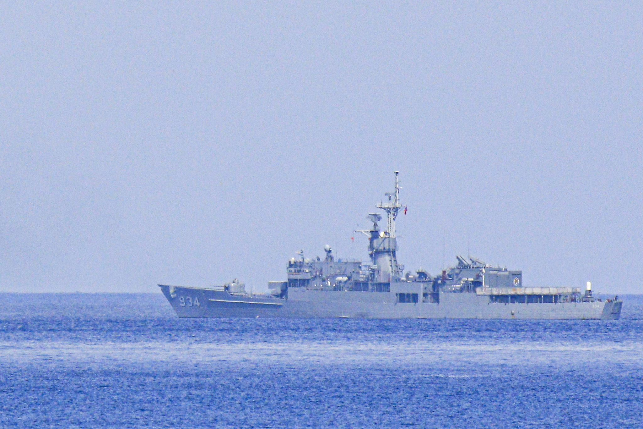 漢光卅五號演習於屏東滿豐射擊場實施,圖為FFG-934汾陽軍艦(濟陽級巡防艦)。〔記者林士傑/屏東拍攝〕