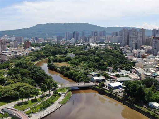 愛河,石油,韓國瑜,發財,環保局,藻類