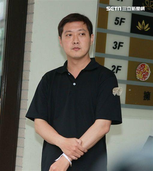 馬如龍兒子、黃士庭(記者邱榮吉攝影)
