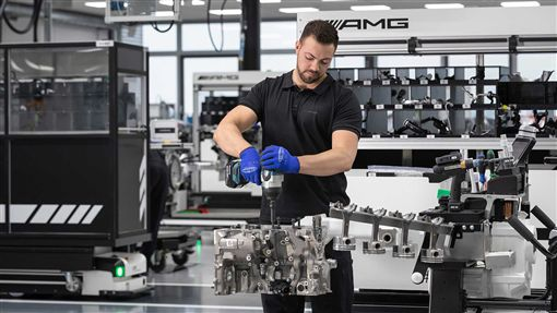 ▲Mercedes-AMG M139引擎(圖/翻攝網路)