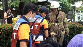 台南,成大,鳳凰樹,學生,砸傷
