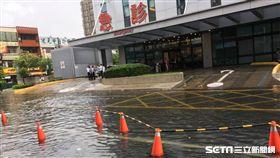 員林基督教醫院外淹水