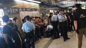 香港警察全面盤查年輕人,反送中,逃犯條例 圖/讀者提供