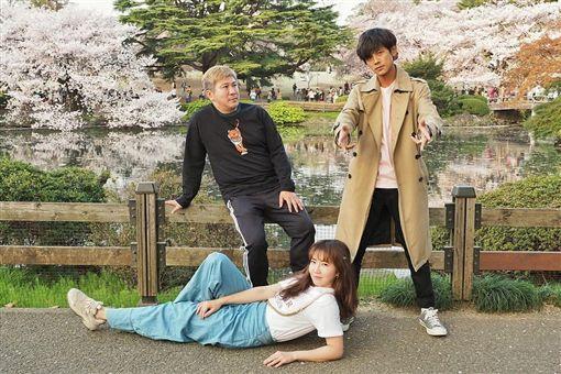 阿翔與謝忻兩人長年在外景節目合作。(圖/翻攝自謝忻臉書粉絲團)
