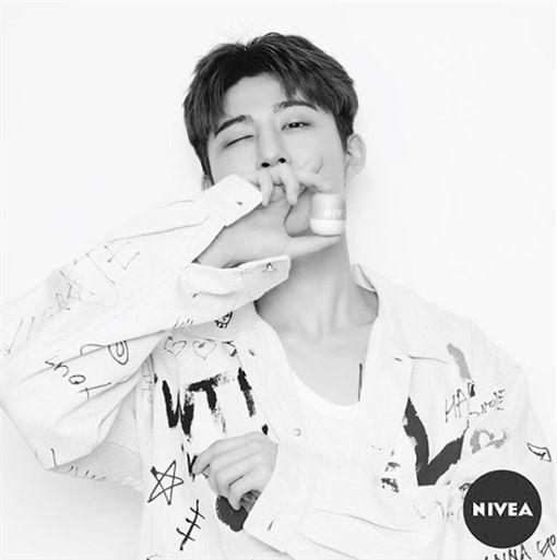 吸麻,YG,iKON,B.I,金韓彬,退團/翻攝自B.I IG