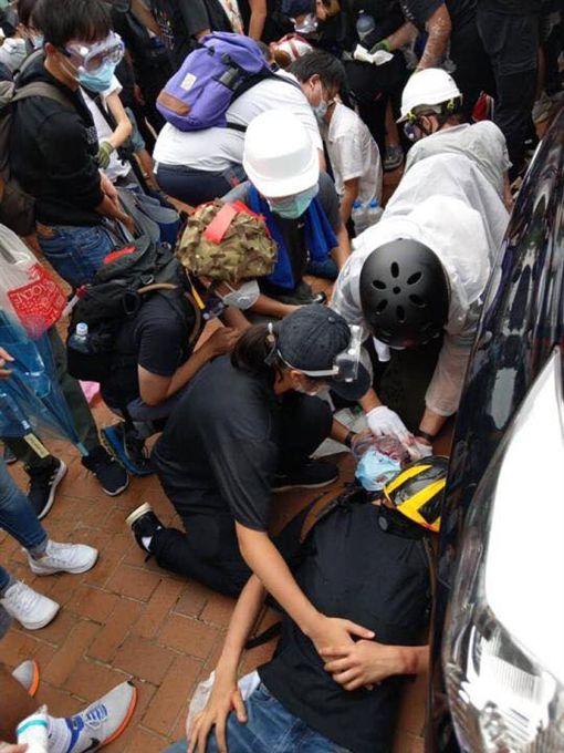 香港民眾頭部中槍,反送中,逃犯條例 圖/讀者提供