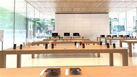 蘋果在台第2家直營店曝光蘋果公司(Apple)在台第2家直營店「Apple信義A13」13日舉辦媒體預覽活動,搶先曝光店內空間與設計概念。中央社記者吳家豪攝  108年6月13日