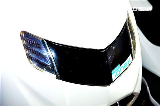 ▲iFlow的車頭有著「POWERED BY Ionex」銘牌。(圖/鍾釗榛攝影)
