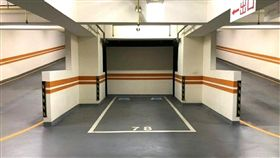 停車,車位,車格 (圖/翻攝自爆廢公社)