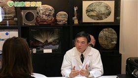 蘇明圳院長表示,牙齒矯正的黃金時期在7-12歲時。
