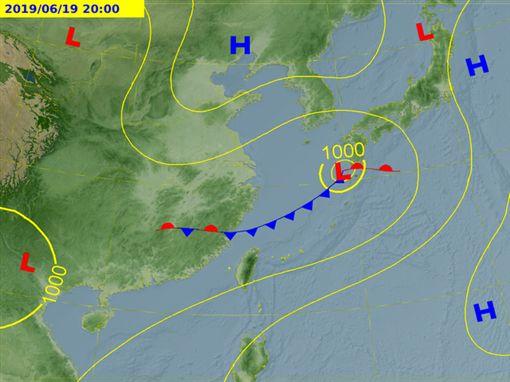 氣象局,滯留鋒,西南風,午後雷陣雨,/中央氣象局
