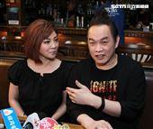 康康金曲暖身演唱會王彩華探班。(記者邱榮吉/攝影)