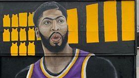 NBA/喜迎一眉!湖迷創作壯觀壁畫 NBA,洛杉磯湖人,Anthony Davis,LeBron James 翻攝自IG sportieLA