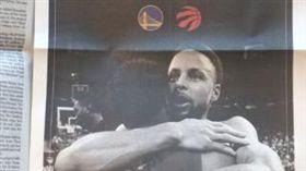 NBA/勇士「滿版報紙」賀暴龍奪冠 NBA,季後賽,金州勇士,多倫多暴龍,總冠軍,報紙 翻攝自推特