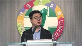 0613民進黨初選民調結果,黨主席卓榮泰,秘書長羅文嘉,(圖/記者陳冠穎攝影)
