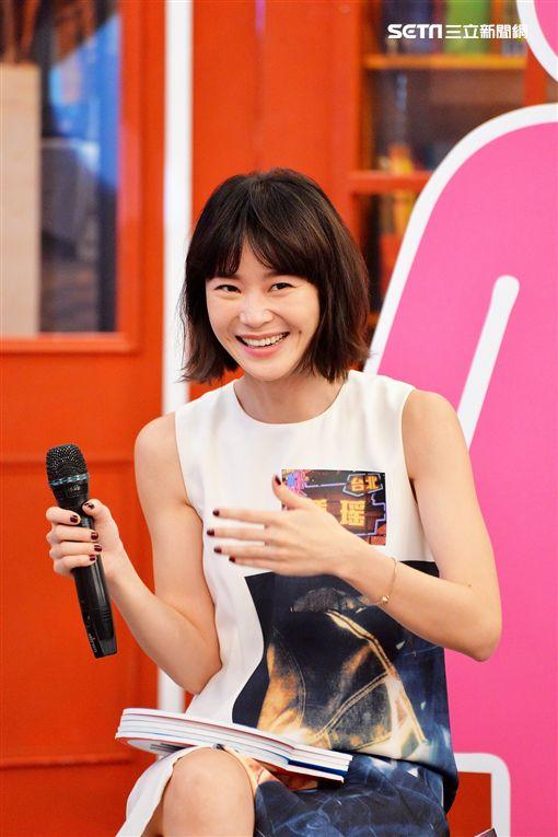 修杰楷、鍾瑶、姚以緹、黃尚禾日前上衛視《請問你是哪裡人》宣傳主演《浮士德遊戲2》圖/衛視提供