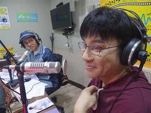 江明學,陳凱倫/臉書