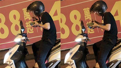 西瓜,等紅燈,機車騎士,爆廢公社 圖/翻攝自臉書爆廢公社
