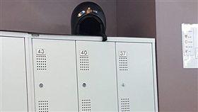 健身房,安全帽,置物櫃,爆廢公社 圖/翻攝自臉書爆廢公社