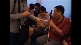 台北,台鐵,區間車,偷拍,詐騙,手機