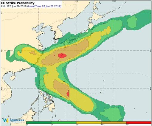 成颱風不確定性仍高(圖/翻攝自氣象達人彭啟明臉書)