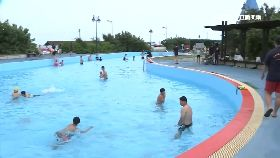蔚藍海泳池1200