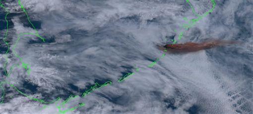 雷公計島,日本,火山, 噴發(圖/翻攝自YouTube)