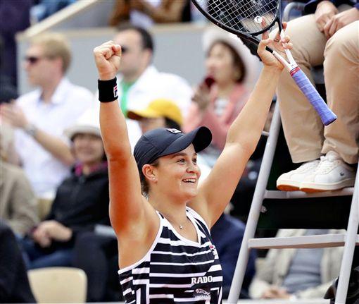 澳洲巴蒂成為女網史上第27位世界球后。(圖/美聯社/達志影像)