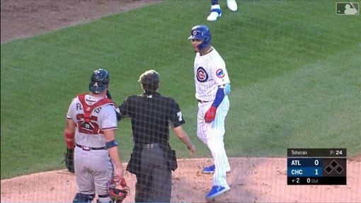 ▲小熊捕手康崔拉斯(Willson Contreras)敲出全壘打回本壘和勇士捕手起口角。(圖/翻攝自MLB官網)