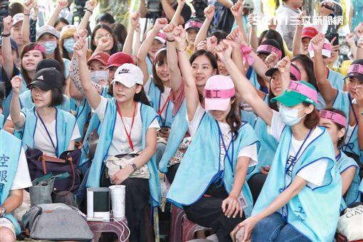 長榮空服員罷工第6天,空服員,長榮,空姐,罷工,圖/記者林士傑攝影