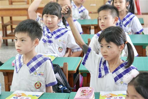 琪琪,黑痣,先天性巨大型黑色素痣(記者郭奕均攝影)來源 記者